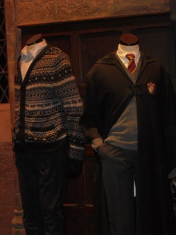 Harry-Potter-Studio-Tour-London-Costumes-Great-Hall-costumes-Gryffindor