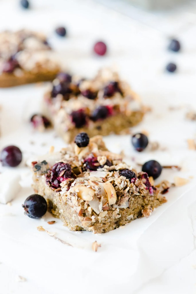 The Adventures of Bob & Shan - Oatmeal Breakfast Bars