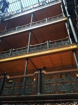 bradburybuilding_interior2