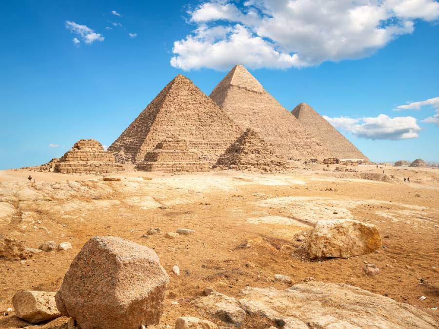 pyramids of giza are some of the famous landmarks in Egypt