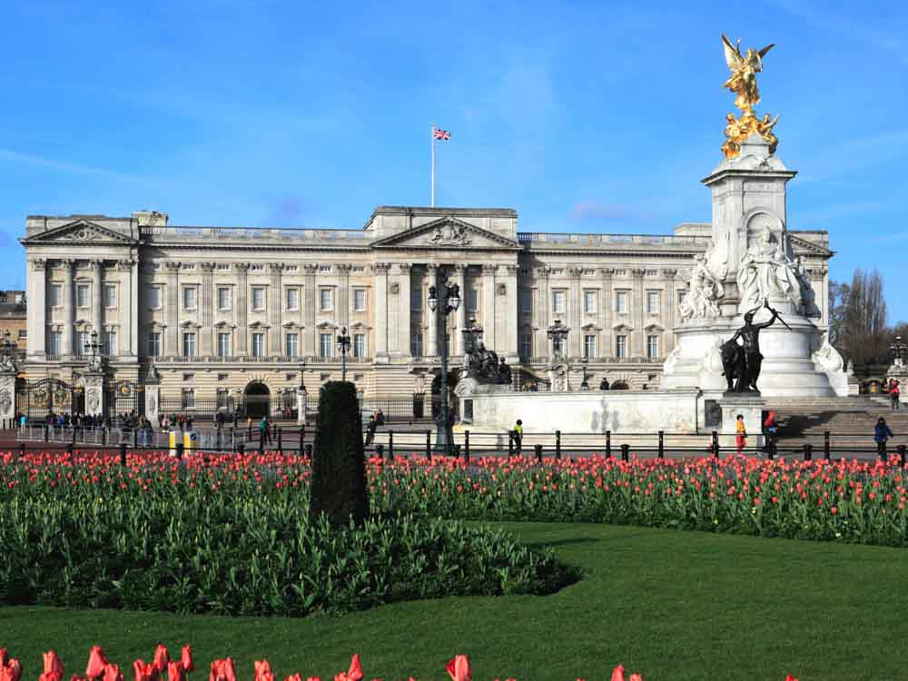 Buckingham Palace, London is one of the famous landmarks in Europe
