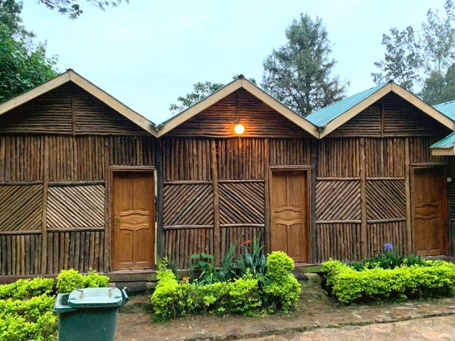 review of lake bunyonyi overland resort