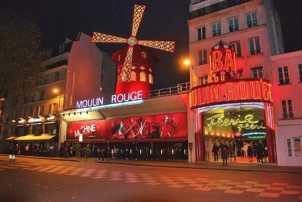 cabaret show in paris