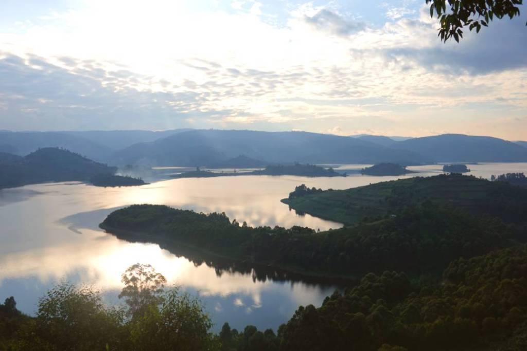places to visit in uganda
