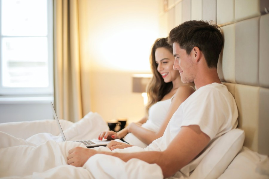 romantic things to do at home