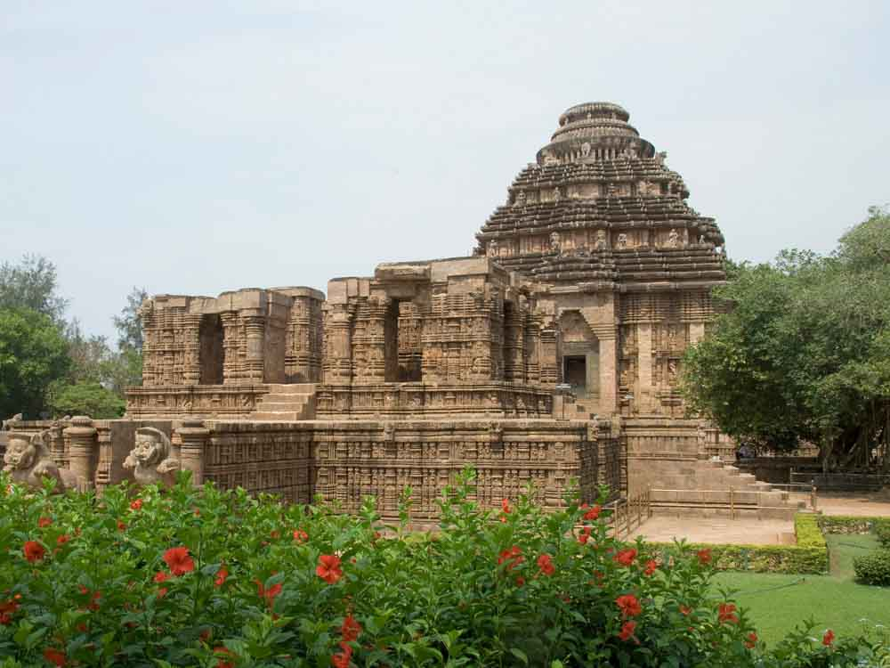 Konark Sun Temple is one of the indian famous monuments