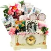 30 Gifts to Surprise and Delight Your Older Parents or ...