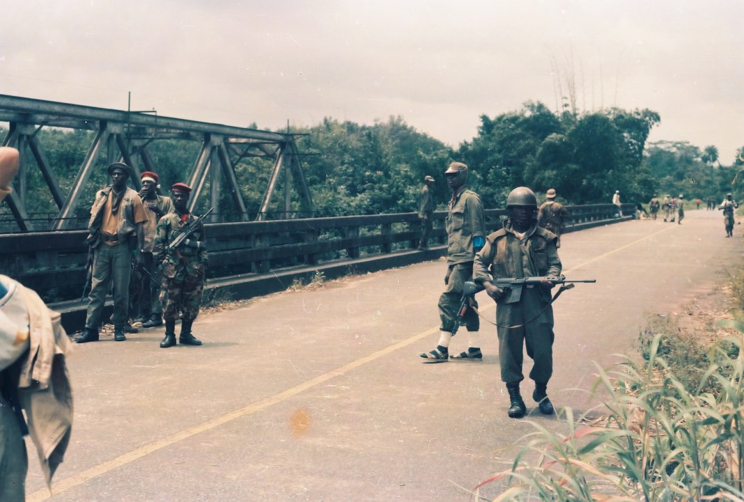 The Po River Bridge on the outskirt of Monrovia, looked tense in this August 24, 1992 photograph, the day mainstream ULIMO fighters stormed the area from Taylor's NPFL. Photo: (c) James Fasuekoi/The AfricaPaper