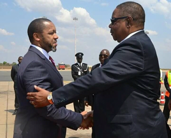 Welcome back home. Vice President Chilima (L) welcoming President Mutharika at Kamuzu International Airport from the United Nation Assembly. Photo Henry Mhango/The AfricaPaper