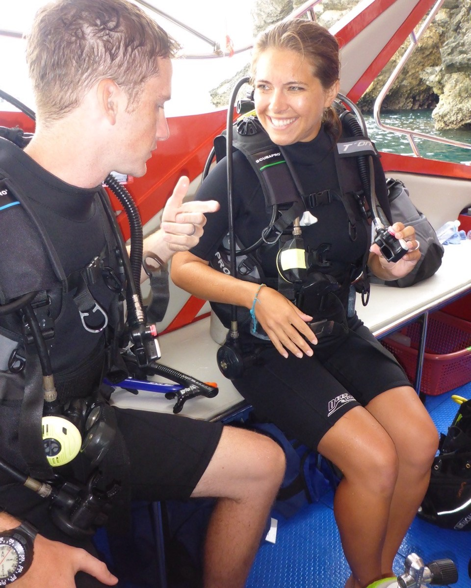 Scuba diving with Phoenix Divers - Koh Lanta, Krabi, Thailand