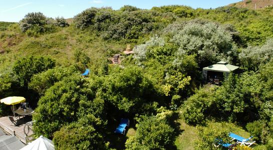 Spät-Sommer auf Helgoland - Entspannen im Gartenpark Hotel Rickmers Insulaner