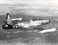 Lockheed F-94B Starfire (S/N 50-930) in flight.