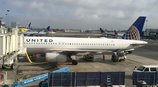 Review: United Airlines Economy A320-200 Los Angeles to San Francisco