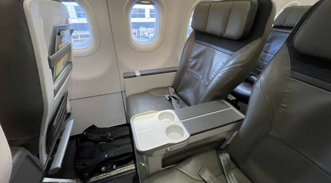 Review: Alaska A320-200 First Class Seattle to Los Angeles