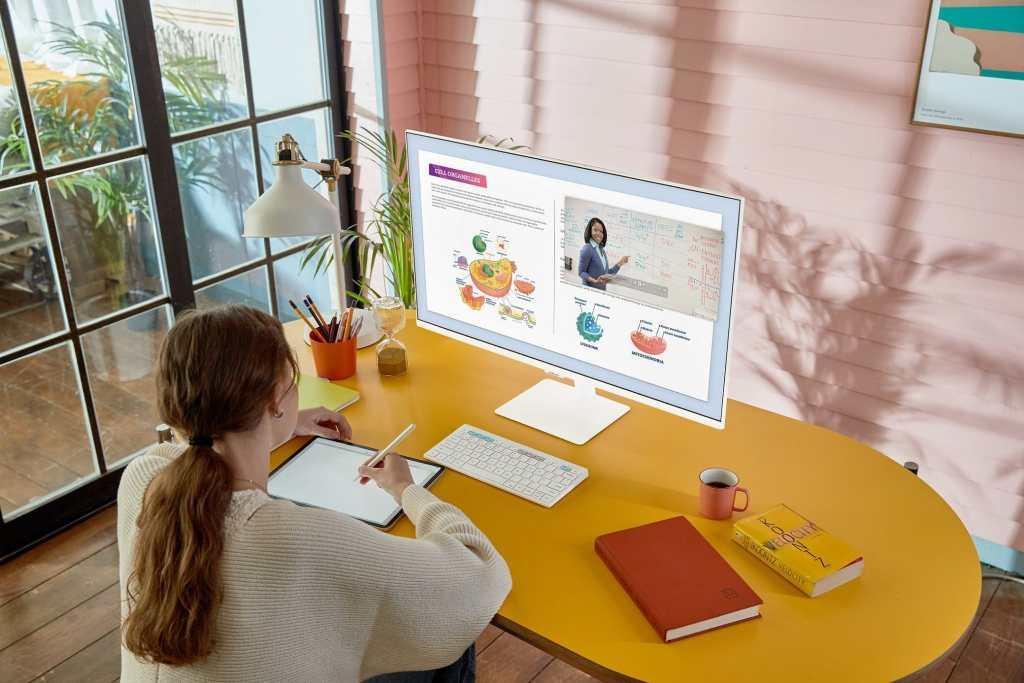 ซัมซุงเปิดตัว Smart Monitor M5 ขนาด 27 นิ้ว สีขาวใหม่สุดโมเดิร์น ทั้งเพื่อทำงานและสมาร์ททีวีเพื่อความบันเทิง