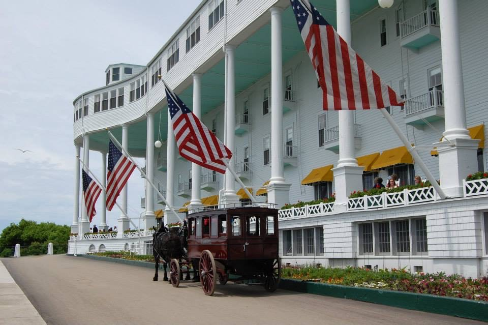 Pence's Mackinac Island motorcade