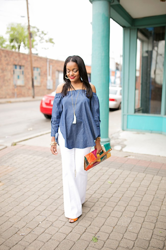 Shein- off shoulder top- off shoulder bow top- white flare jeans- how to wear flare jeans- how to wear off shoulder top- spring fashion- affordable fashion- fashion blogger- dallas blogger- black fashion blogger