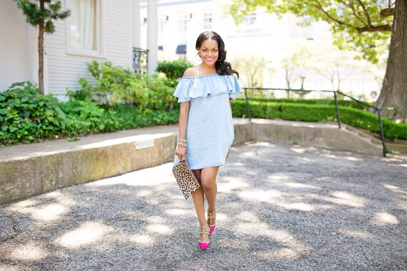 zara denim off shoulder dress, bcbgeneration stud pumps, valentino rockstud look for less, leopard clutch, how to dress up off shoulder dress