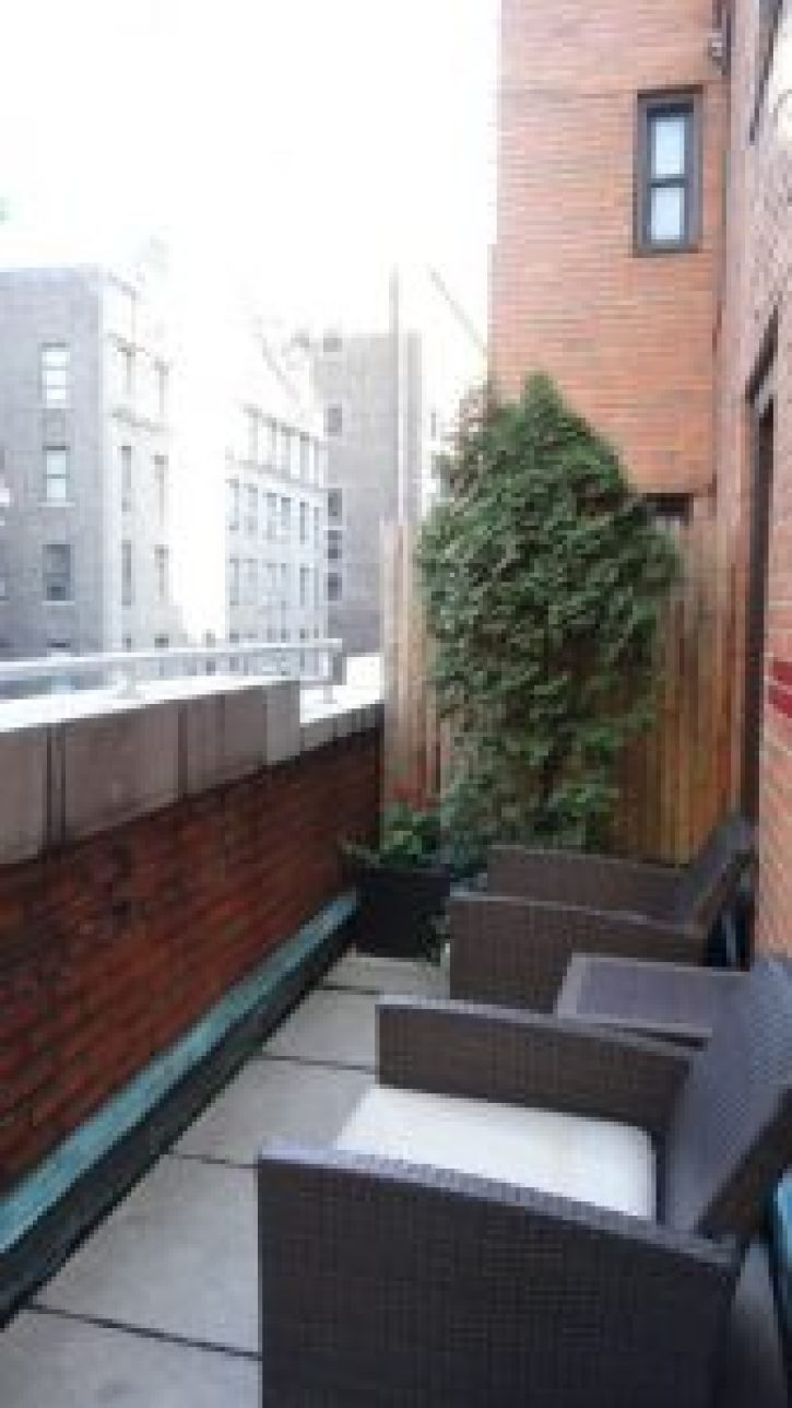 the roger new york hotel terrace, new york hotels, new york mid cities hotel