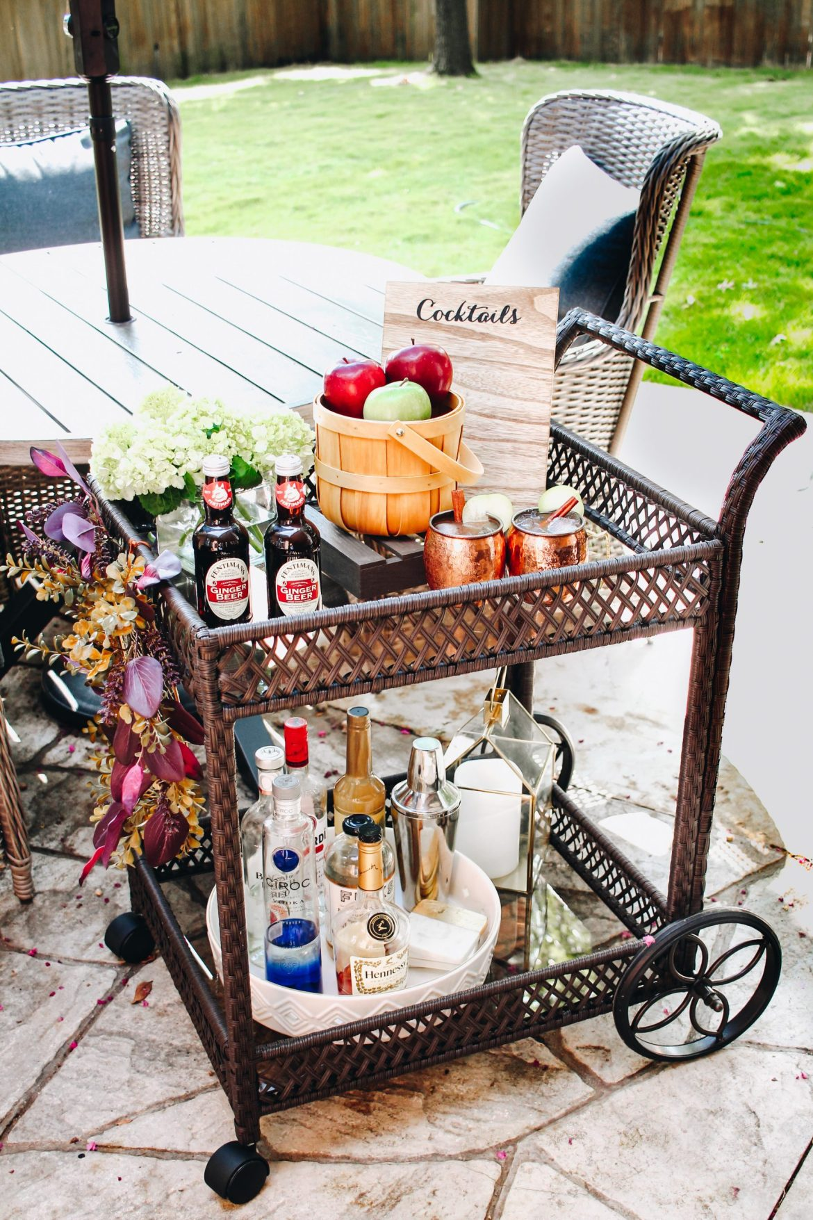 bar cart, how to style bar cart, bar cart styling, bar decor, patio decor ideas, fall bar cart styling, how to style bar cart fall, wicker bar cart, outdoor bar cart ideas, bar cart ideas, fall outdoor ideas, party decor ideas ,fall wreath ideas, dallas blogger, dallas black blogger, black lifestyle blogger