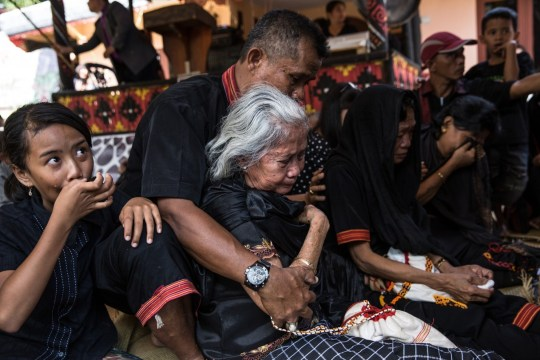 The burial ritual for Liling Saalino.