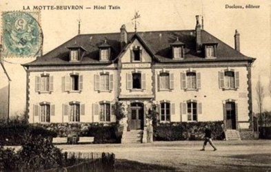 Sisters Caroline and Stéphanie Tatin ran a country hotel in the village of Lamotte-Beuvron.