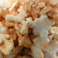 Easy Popcorn Recipe : The tastiest popcorn EVER!