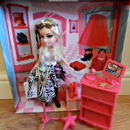 Bratz Boutique, Shop till you Drop : Review
