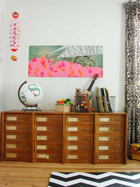 Organising a childrens bedroom