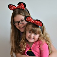 Ana Snapshot : Minnie Sisters