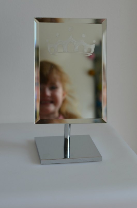 Etching a mirror with a Cricut Explore