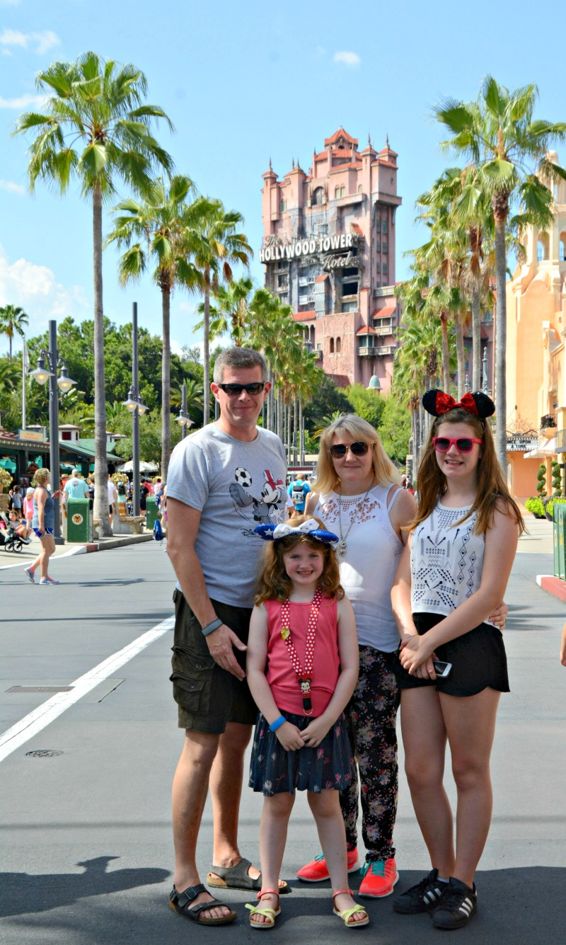 hollywood studios WDW group image family