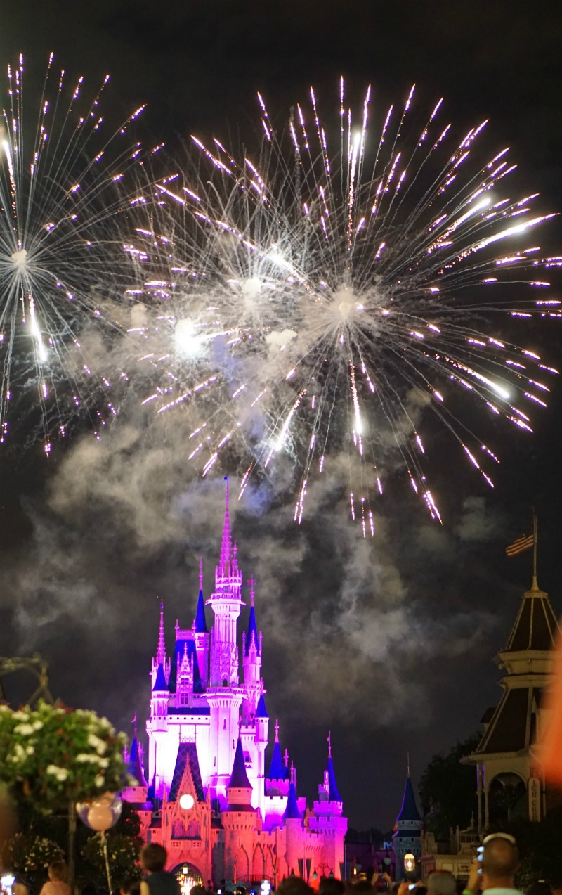 fireworks magic kingdom