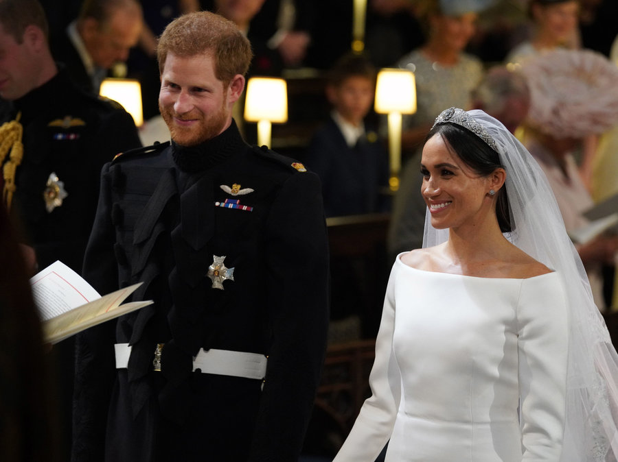 royal-wedding---sat-b38a857c85f9777050049bedcfc787341fba2225-s900-c85