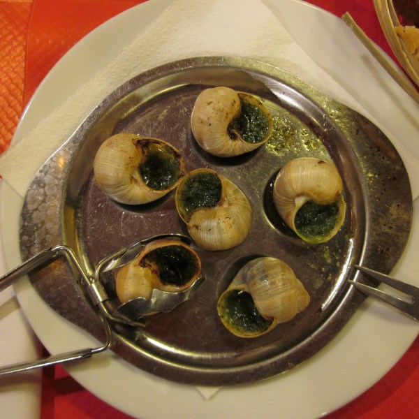 escargot eating in Paris