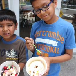 Eshaan and Aashrai eating ice cream at Birkdal Village