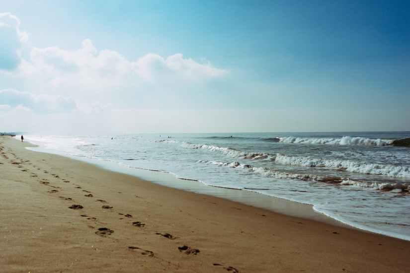 sea beach footprint steps
