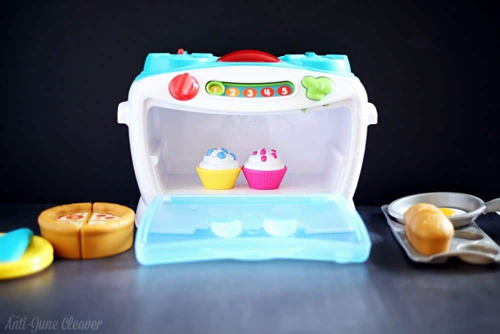 Epic Toys from LeapFrog for Your Holiday List - Number Lovin' Oven