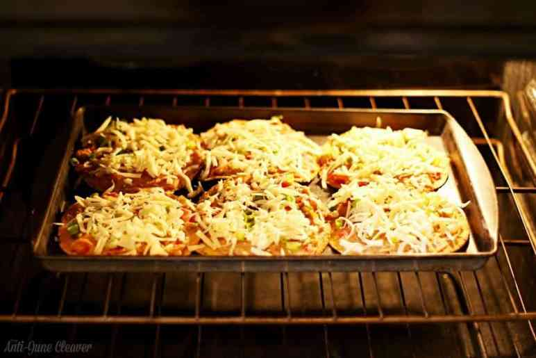Easy & Tasty Nacho Pizza Recipe #YesYouCAN (ad)