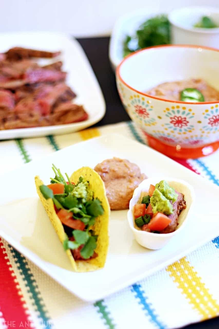 Kick up your Game Day or any day with this chipotle steak taco recipe #OEPGameDay (AD) @OldElPaso @Walmart
