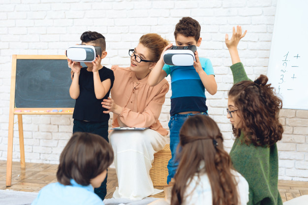 virtual reality classroom in education