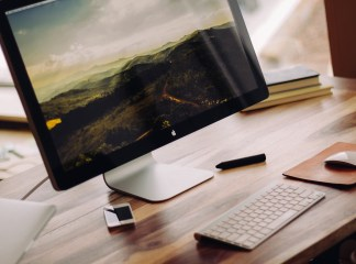 Best ergonomic accessories for iMac and MacBook owners
