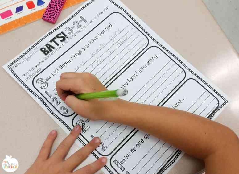 Bats 3-2-1- great way to have students share information they've learned about bats