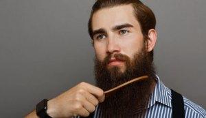 Man Combing beard-Best beard Combs