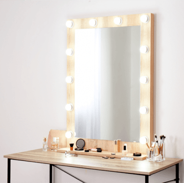 Light-Up Makeup Mirror