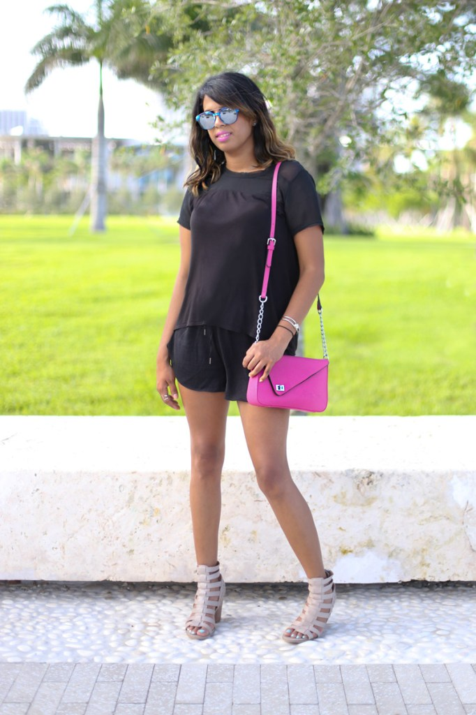 Wearing H&M Mesh panel t-shirt, c/o Gregory Sylvia Luxi Bag in Pink (available here), Report Signature sandals.