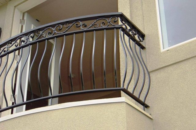 25 Modern Balcony Railing Design Ideas With Photos The Architecture Designs