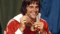 caitlyn-jenner-will-keep-bruce-jenner-s-gold-medals-international-olympic-committee-says-483465-2-1
