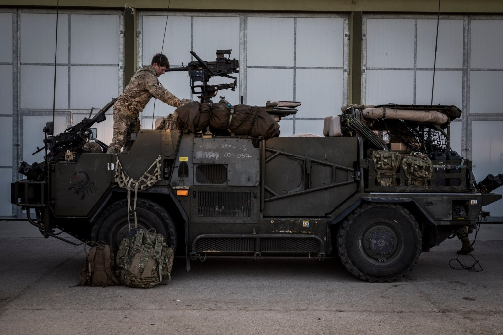 British Soldiers prepare for Exercise - Task Management