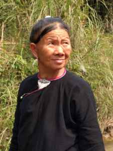 Lanten woman. Photo Courtesy Mary Louise Marino.